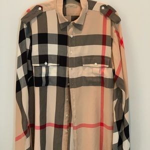 Men's Burberry casual shirt